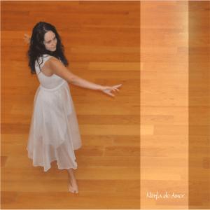 imagem de Scharlene Amarante dançando sua Essência